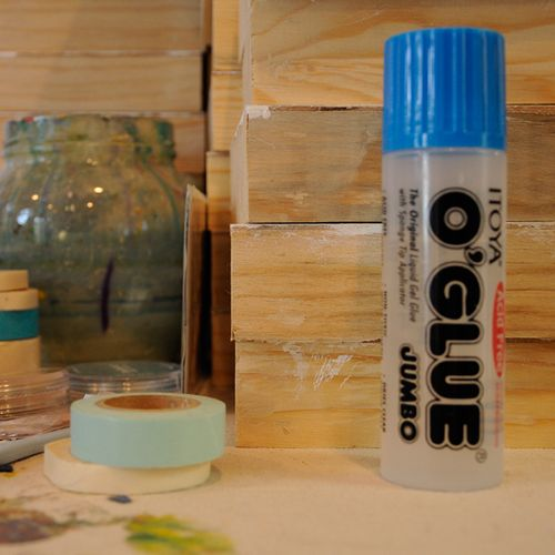 Art supply:  Good old liquid glue stick!