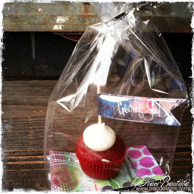 DIYpartyFLAGSbyTraciBautista_cupcakess